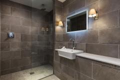 Garden-Haven-Rm4-bathroom-dog-friendly-credit-Mike-Searle
