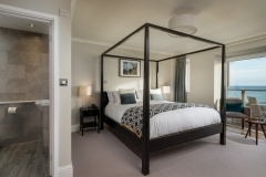 Mount-Haven-Blissful-Bay-Room-Room-20-4-poster-bed-credit-Mike-Searle