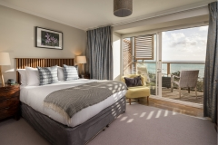 Mount-Haven-Blissful-Bay-Room-Room-25-Full-View-credit-Mike-Searle