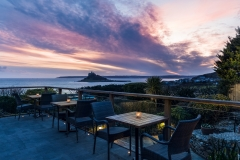 Mount-Haven-Terrace-Bar-Terrace-Winter-Sunset-over-Mounts-Bay-credit-Mike-Searle