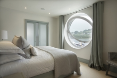 Number-1-2nd-bedroom-with-porthole